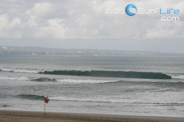 Kuta Beach Surf Report Photo